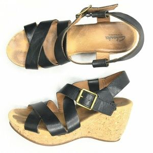 Clarks Elements Wedges Black Leather Straps Adjust